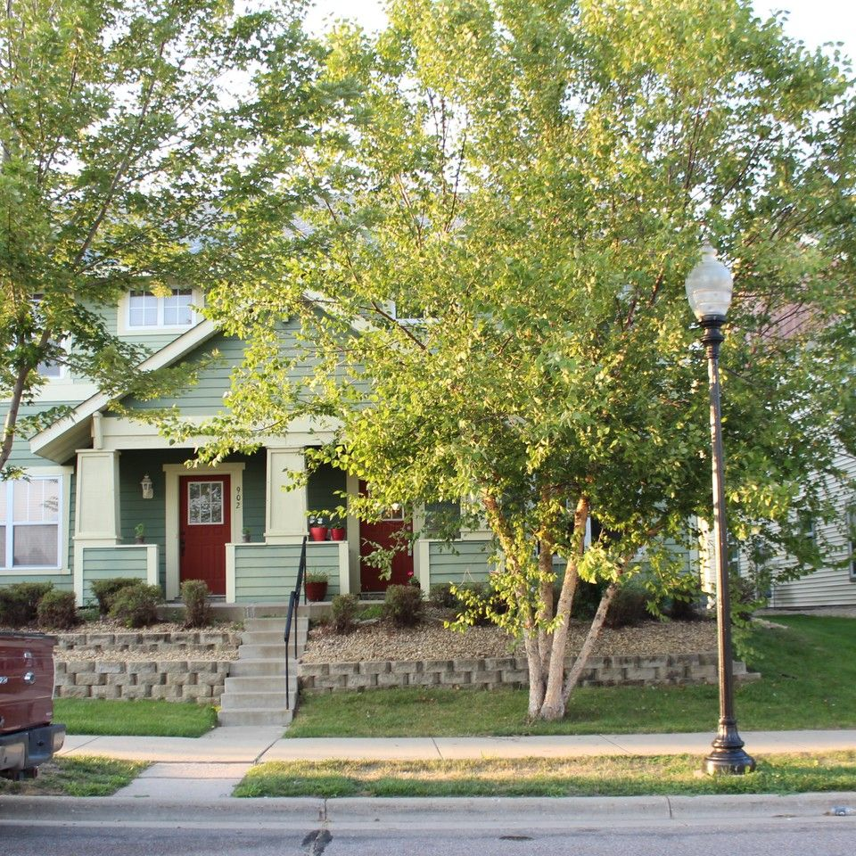 900 N 10th Ave, Minneapolis, MN 55411 3 Bedroom House For