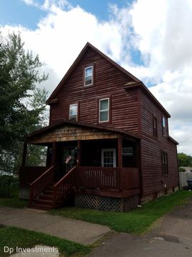 2021 Banks Ave Superior Wi 54880 2 Bedroom House For Rent