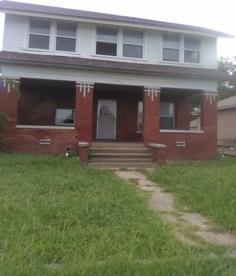 209 N 12th St, Muskogee, OK 74401 4 Bedroom House For Rent