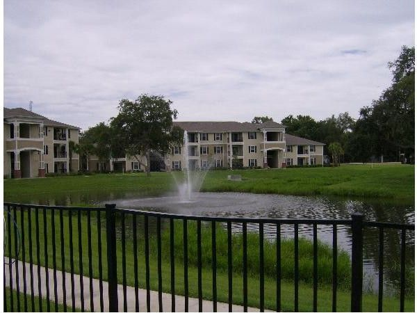 Fountainview Apartments For 1301 Floating Fountain Cir Tampa Fl 33612 Zumper