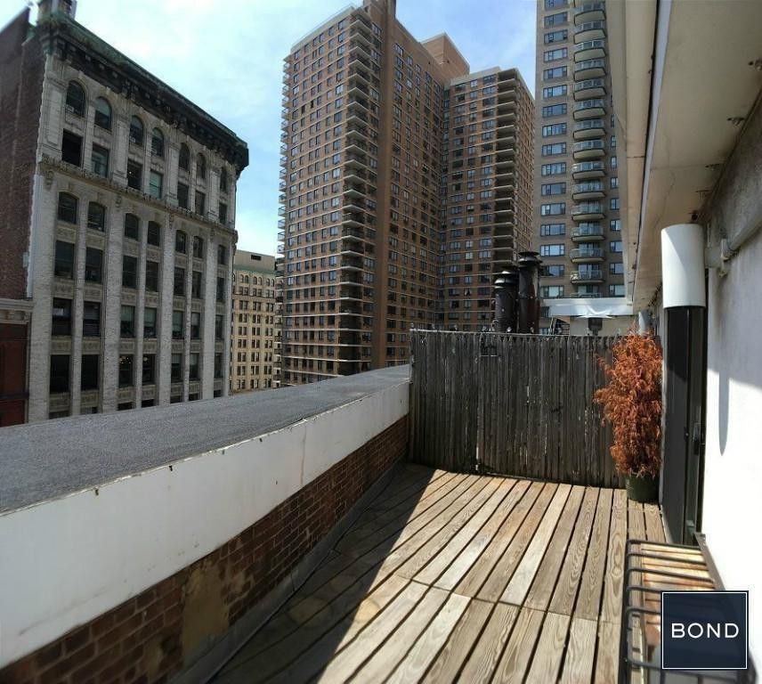 One Bedroom Apartments Nyc: Broadway & Astor Place #7P, New York, NY 10003 1 Bedroom