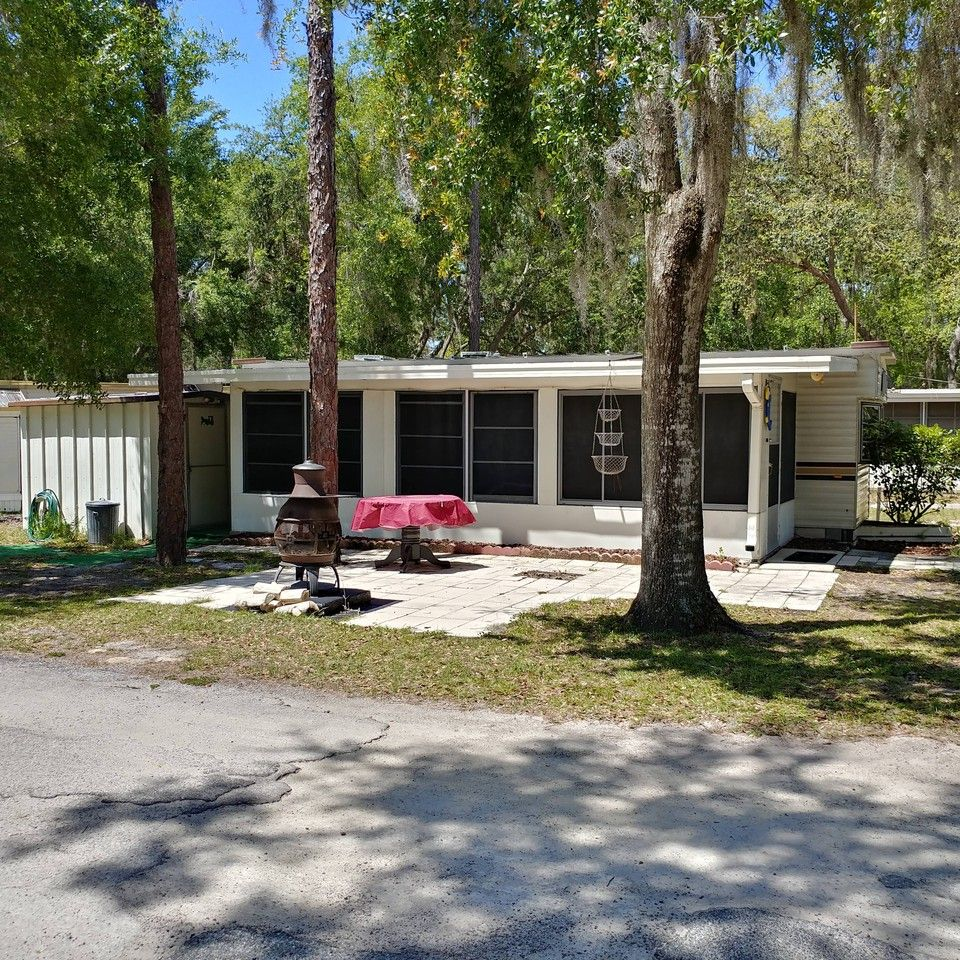 40840 County Road 25, Lady Lake, FL 32159 1 Bedroom