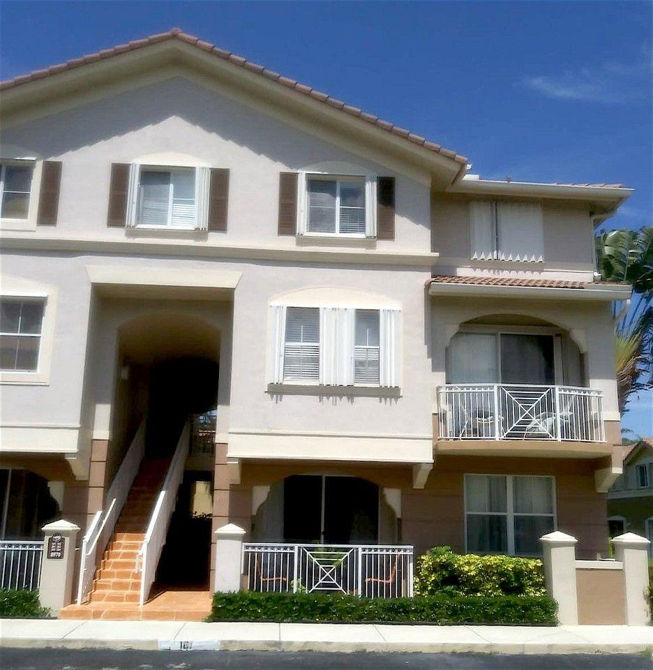 8970 W Flagler St, Fountainebleau, FL 33174 1 Bedroom
