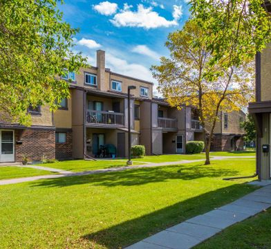 Roblin Oaks Apartments For Rent 30 Windmill Way