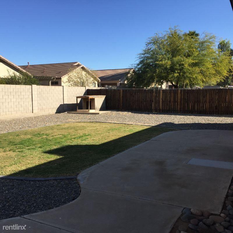 4046 E Campo Bello Dr, Phoenix, AZ 85032 3 Bedroom House