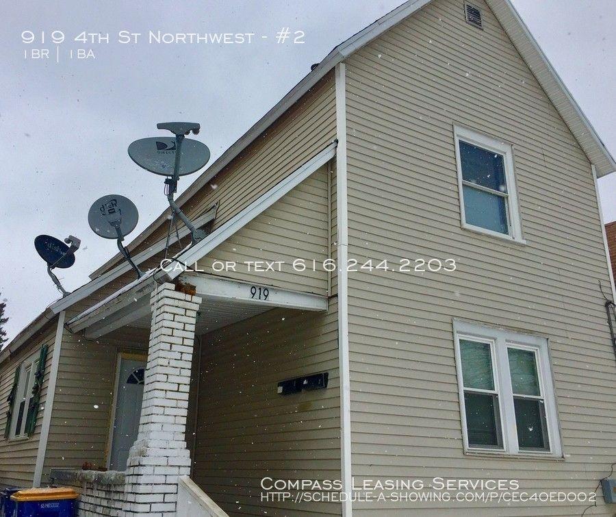 919 4th St NW #2, Grand Rapids, MI 49504 1 Bedroom