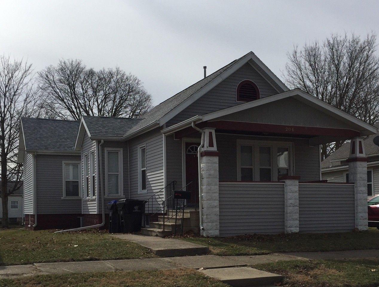 204 Union St, Bloomington, IL 61701 3 Bedroom Apartment ...