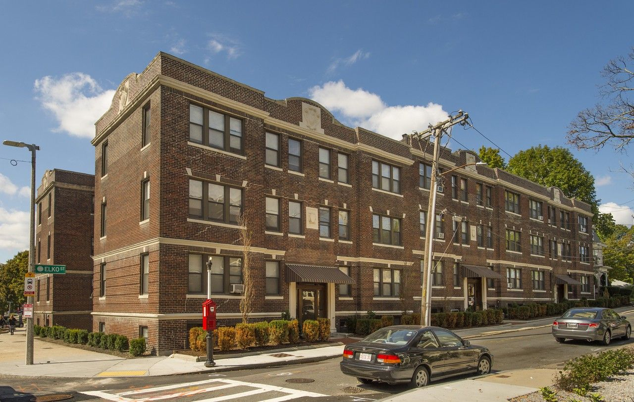 4 8 12 Elko Street Apartments For Rent 12 Elko St 4