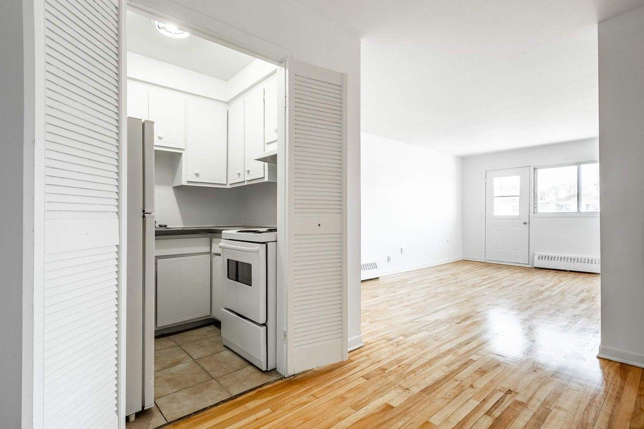 6333 Rue Sherbrooke Est #3, Montréal, QC H1N1C3 1 Bedroom ...