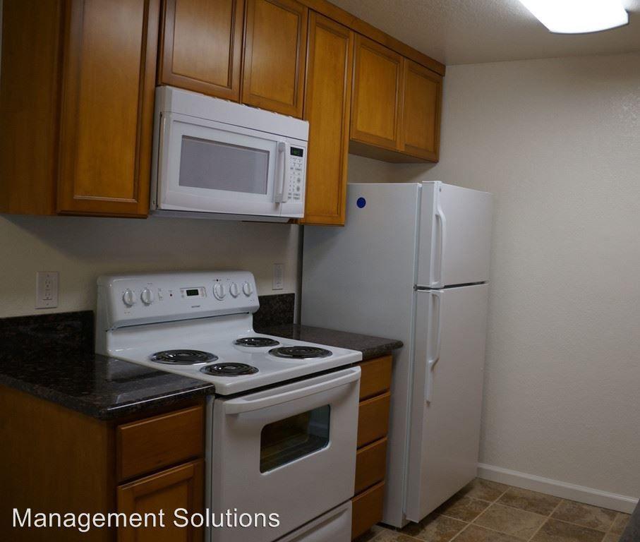 2763-2765 Reynard Way Apartments For Rent