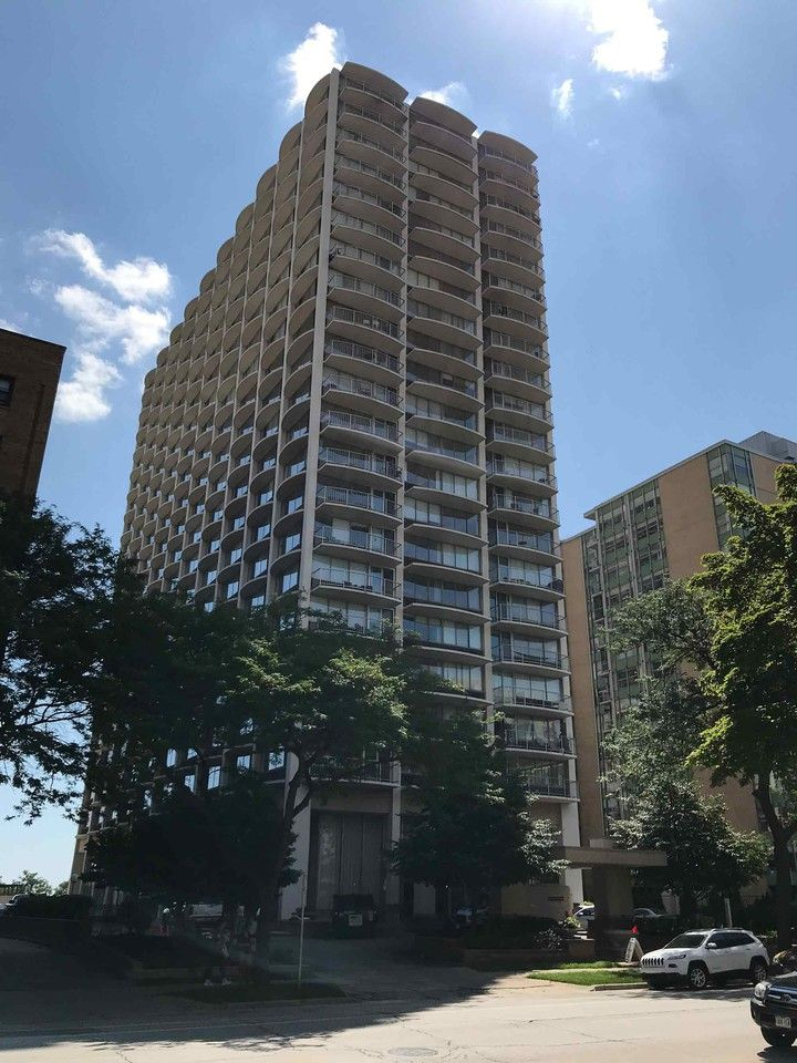 Prospect Towers Apartments for Rent - 1626 North Prospect ...