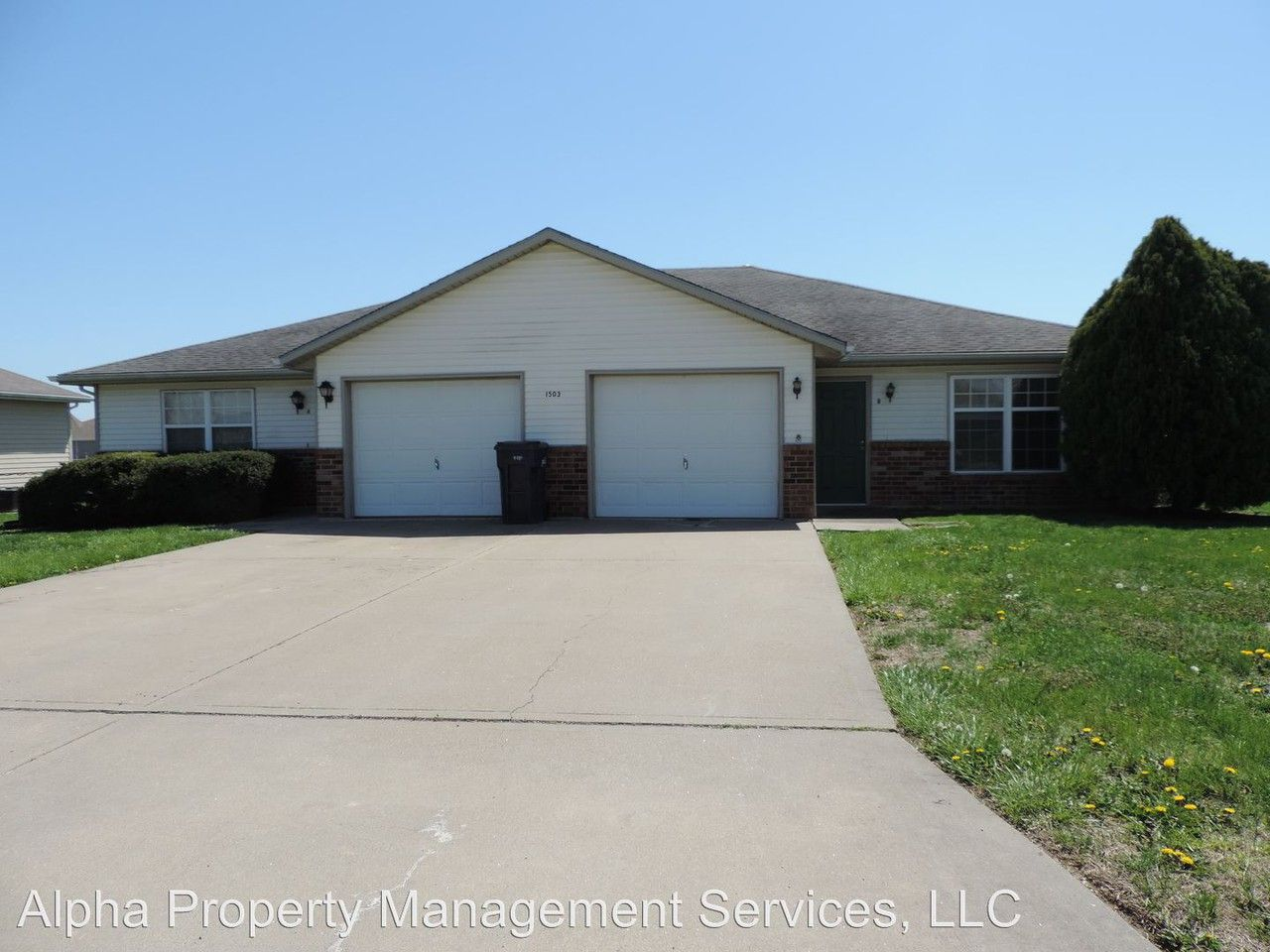 1503 8th St Knob Noster Mo 65336 Apartment For Rent Padmapper