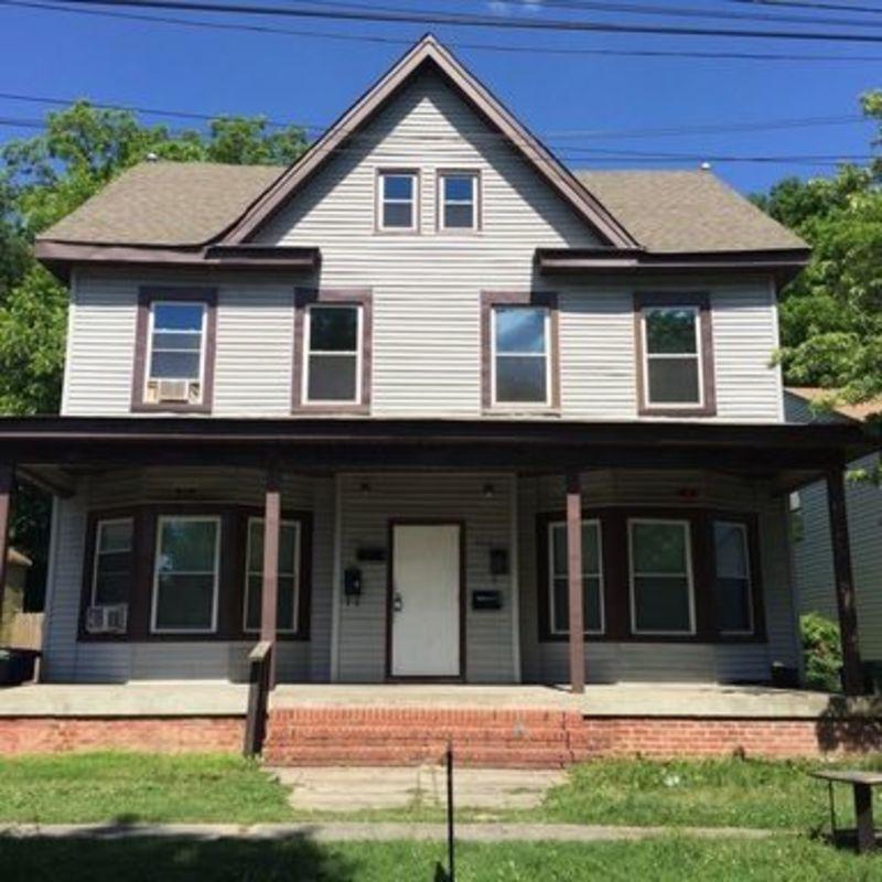 3211 Bapaume Ave #1, Norfolk, VA 23509 1 Bedroom House For