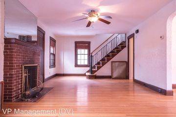 Surprising 12 Edward St Chicopee Ma 01020 3 Bedroom Apartment For Download Free Architecture Designs Embacsunscenecom