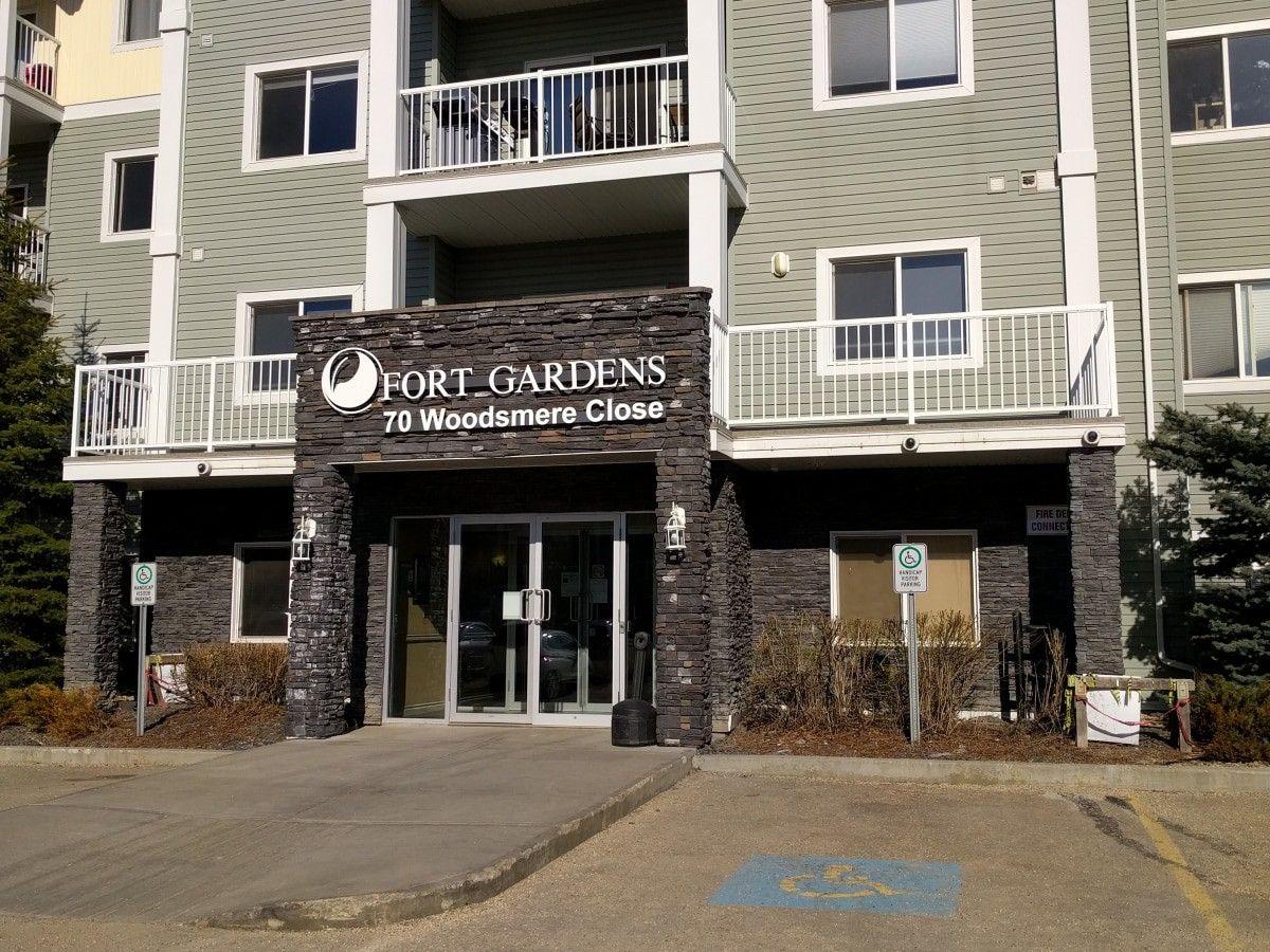 70 Woodsmere Close, Fort Saskatchewan, AB T8L 0C8 1 Bedroom