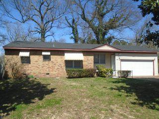 Astonishing 2954 Kingston St Memphis Tn 38127 3 Bedroom House For Rent Home Interior And Landscaping Ponolsignezvosmurscom