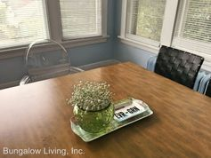 6006 5th Ave Ne Apartments For Rent In Green Lake Seattle
