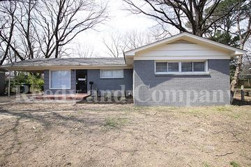 Fine 1613 S Lauderdale St Memphis Tn 38106 4 Bedroom House For Complete Home Design Collection Epsylindsey Bellcom