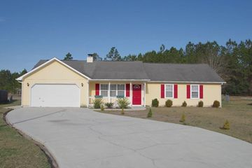 Phenomenal 208 Cinnamon Dr Hubert Nc 28539 3 Bedroom House For Rent Home Remodeling Inspirations Genioncuboardxyz