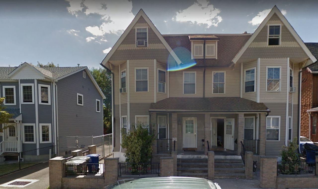 200 Austin Street 200, Bridgeport, CT 200 20 Bedroom Apartment for ...