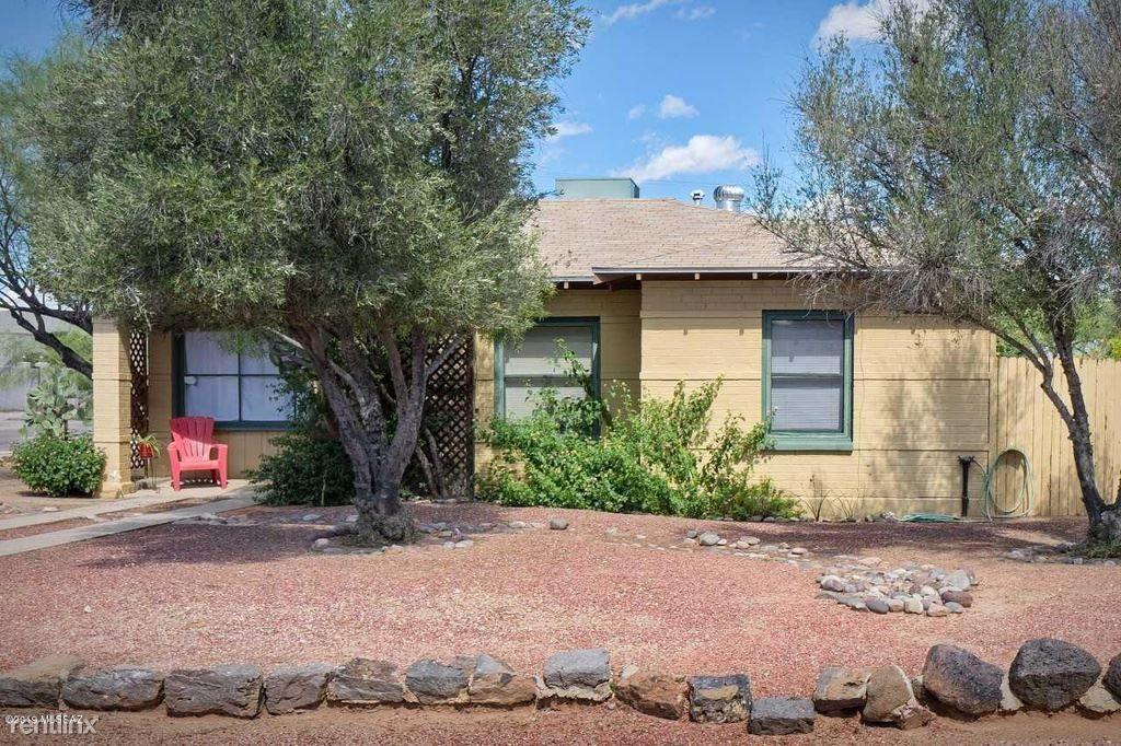 1105 E Seneca St 1 Tucson Az 85719 3 Bedroom House For