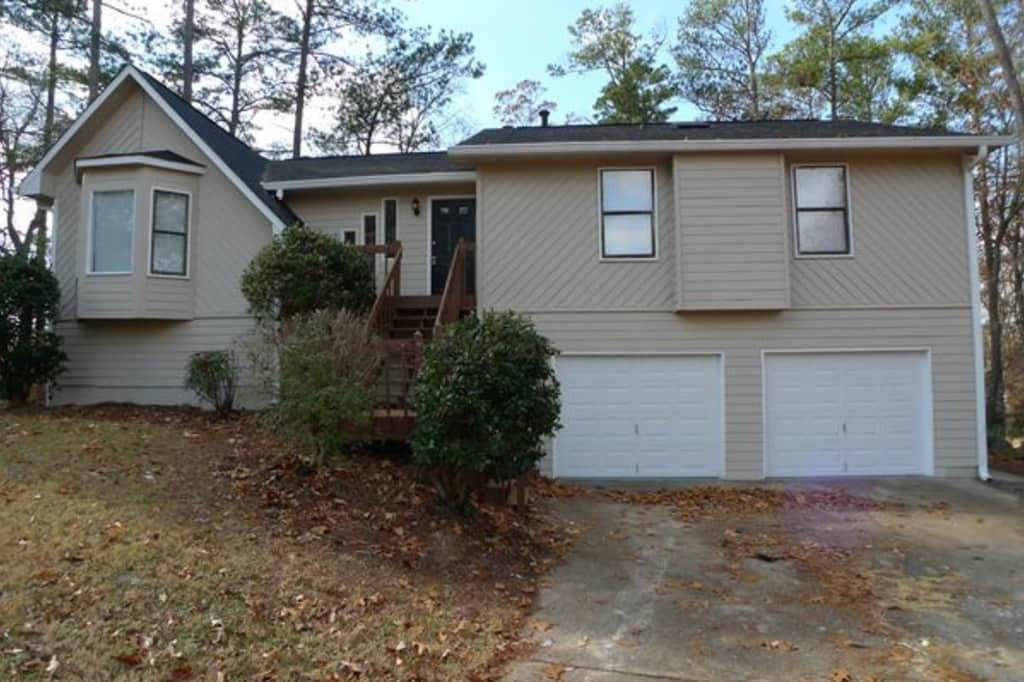 Ridenour Auto Group >> 5621 Deerfield Pl, Kennesaw, GA 30144 3 Bedroom House for Rent for $1,565/month - Zumper