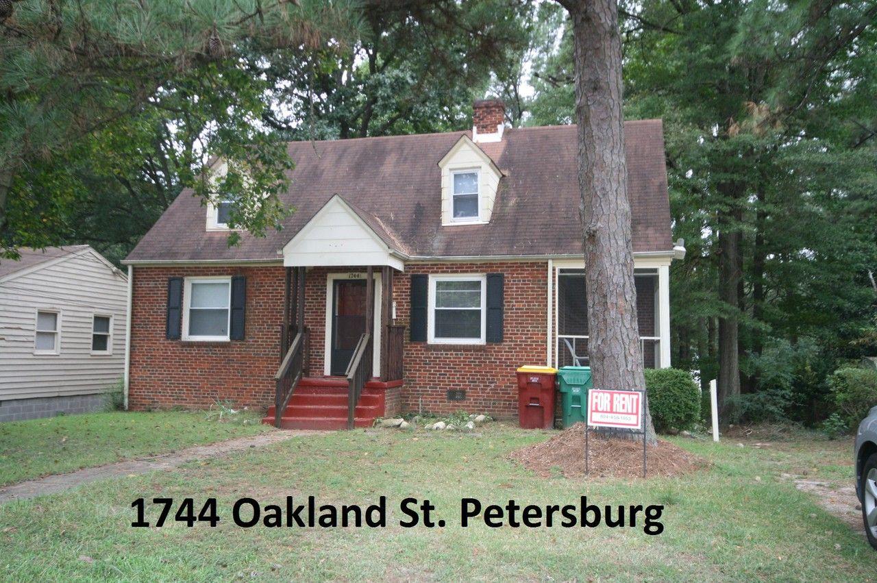 1744 Oakland Street Petersburg Va 23805 4 Bedroom House For Rent For 875 Month Zumper