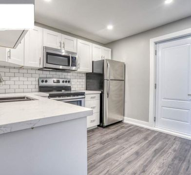 All Inclusive Amazing Apartment Apartments For Rent 19 Greenaway Ave Hamilton On L8l 6c3 Zumper