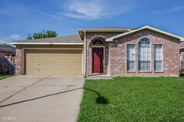 6800 Denver City Dr Apartments For Rent In Eagle Ranch Fort Worth