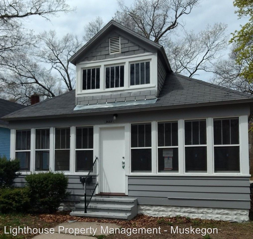 3133 5th St, Muskegon Heights, MI 49444 2 Bedroom House