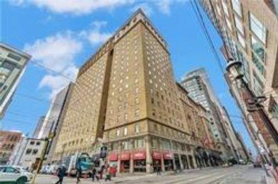 22 Leader Lane, Toronto, ON M5E 0B2 2 Bedroom Apartment ...