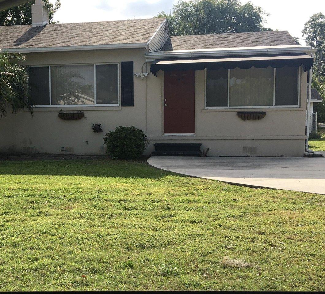 Single Room Apartments For Rent: 207 2nd St Se #207, Winter Haven, FL 33880 1 Bedroom