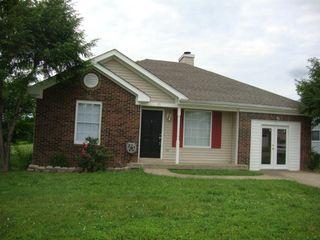 1036 Hot Shot Dr, Clarksville, TN 37042 3 Bedroom House for