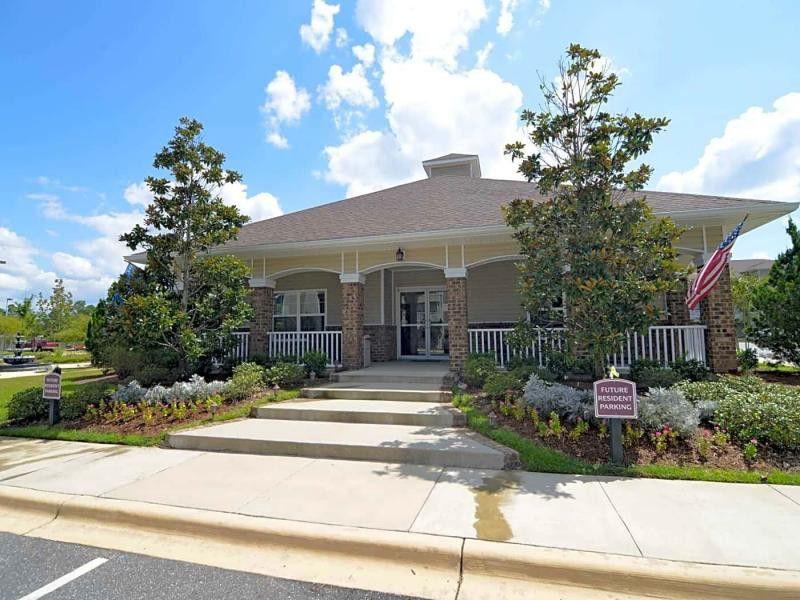 Pinnacle Pointe Apartments For Rent 1000 Patriot Lane Crestview Fl 32539 With 3 Floorplans Zumper