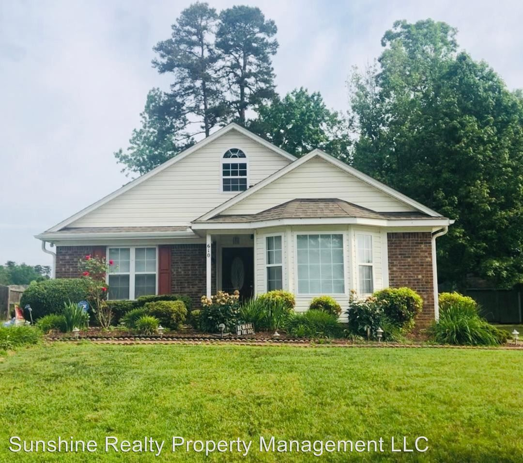Apartments Near Me No Deposit: 610 Quincy Ct, Graham, NC 27253 3 Bedroom House For Rent