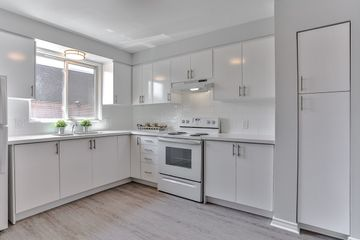 Surprising 2 Pearson Avenue Richmond Hill On L4C 6V2 3 Bedroom Download Free Architecture Designs Lukepmadebymaigaardcom