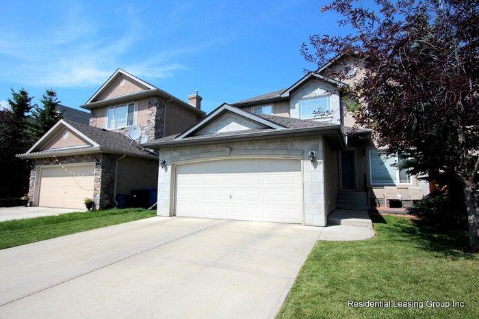 20 Strathlea Close SW, Calgary, AB T3H 5C6 6 Bedroom House ...
