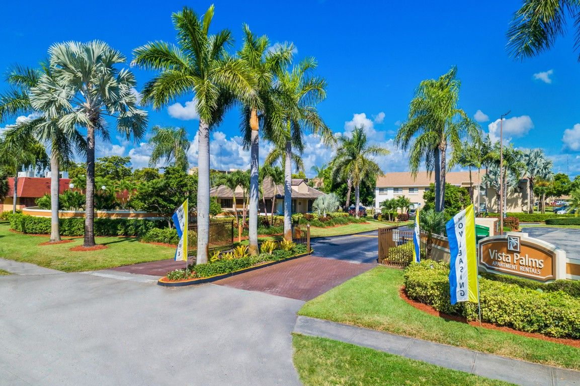 Vista Palms Apartments for Rent - 361 Ne 191st Street ...