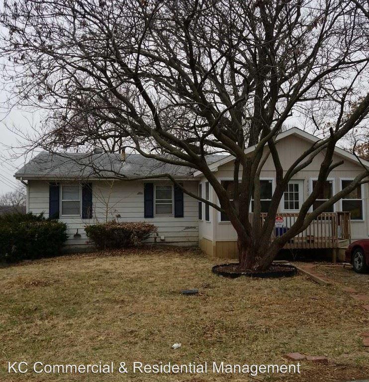 Apartments For Rent In Elmwood Park Nj Zillow: 4636 N Elmwood Ave, Kansas City, MO 64117 4 Bedroom House