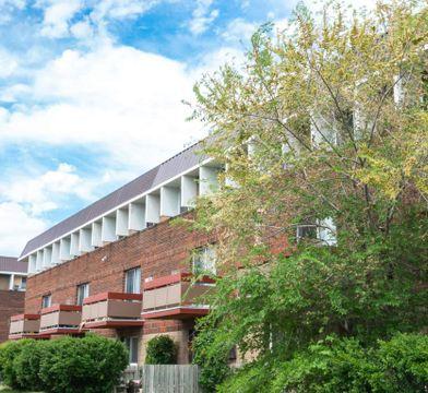 Hamilton Park Plaza Apartments For Rent 838 Cavalier
