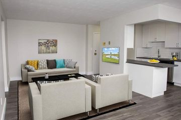 18 James Street 5 bedroom and 5 Ensuite baths Apartments for