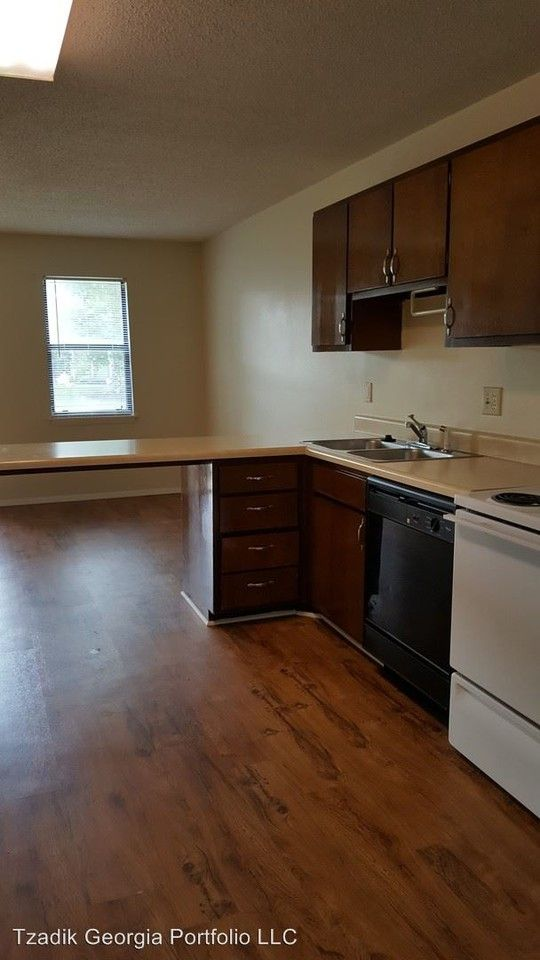 Northcrest Apartments For Rent 835 Johnson Road Warner
