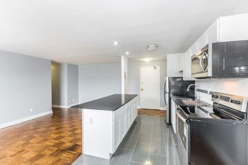 13 Watt Avenue, Toronto, ON M6M 3R2 3 Bedroom Apartment for