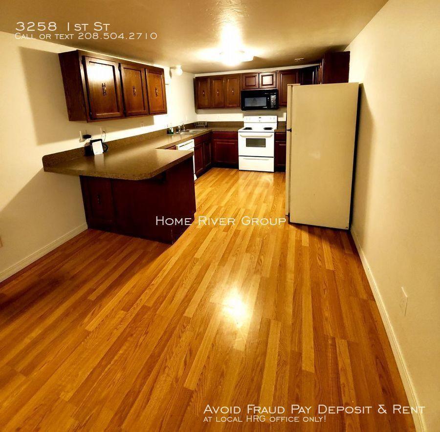 Idaho Falls Apartments: 3258 1st St, Idaho Falls, ID 83401