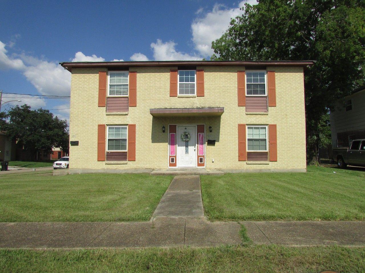 1800 Jo Ann Place, New Orleans, LA 70114