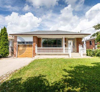 3 Bedroom House For Rent Etobicoke Renforth Dr Apartments For Rent 4 Wareside Road Toronto On M9c 3j1 Zumper