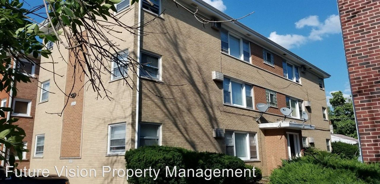 3229 Commercial Ave Apartments for Rent in South Chicago ...