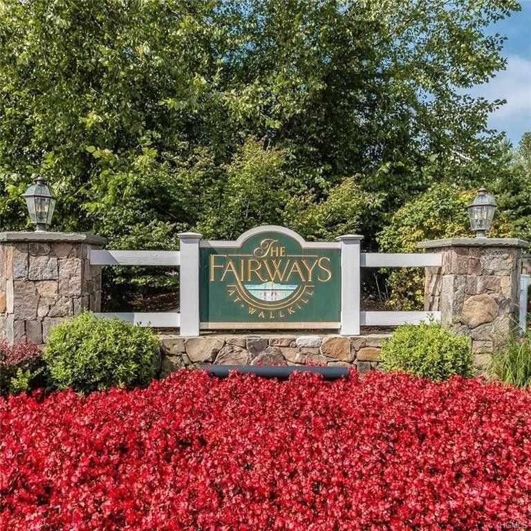 Arrow Ridge Apartments: 44 High Ridge Lane, Middletown, NY 10940