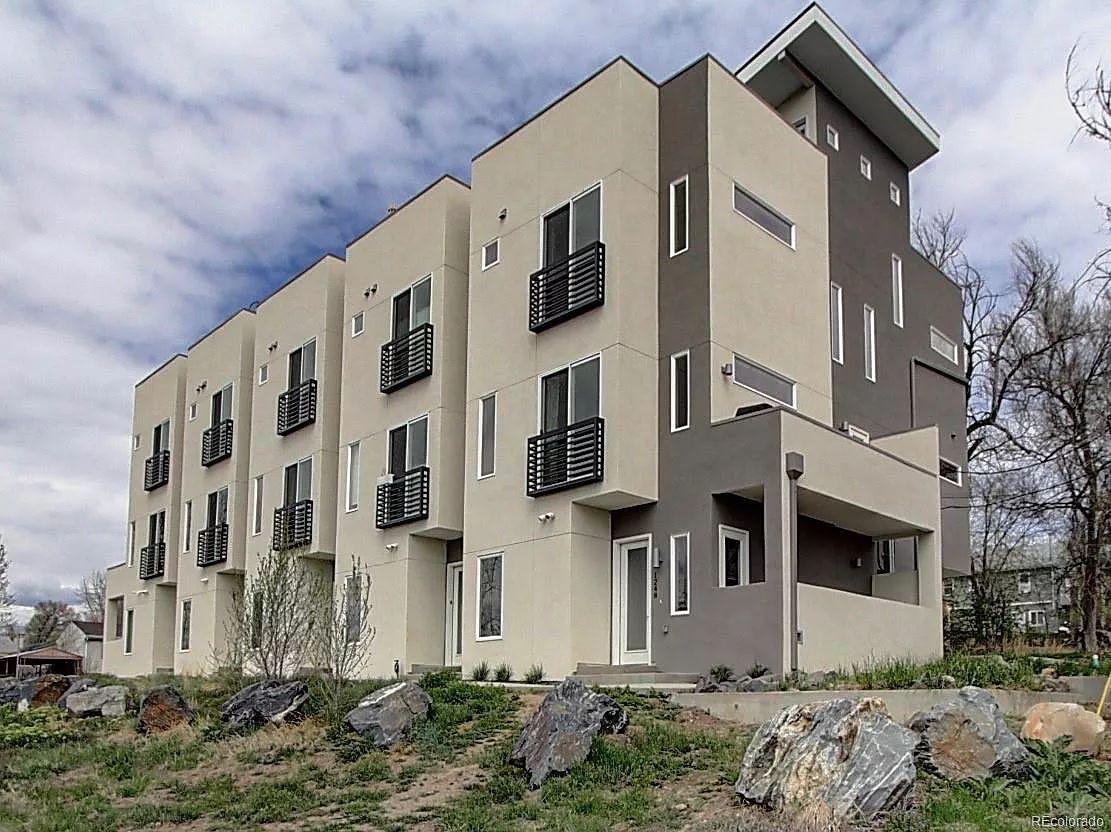 3 Bedroom Apartments In Denver: 1248 Xavier St #103, Denver, CO 80204 3 Bedroom Apartment