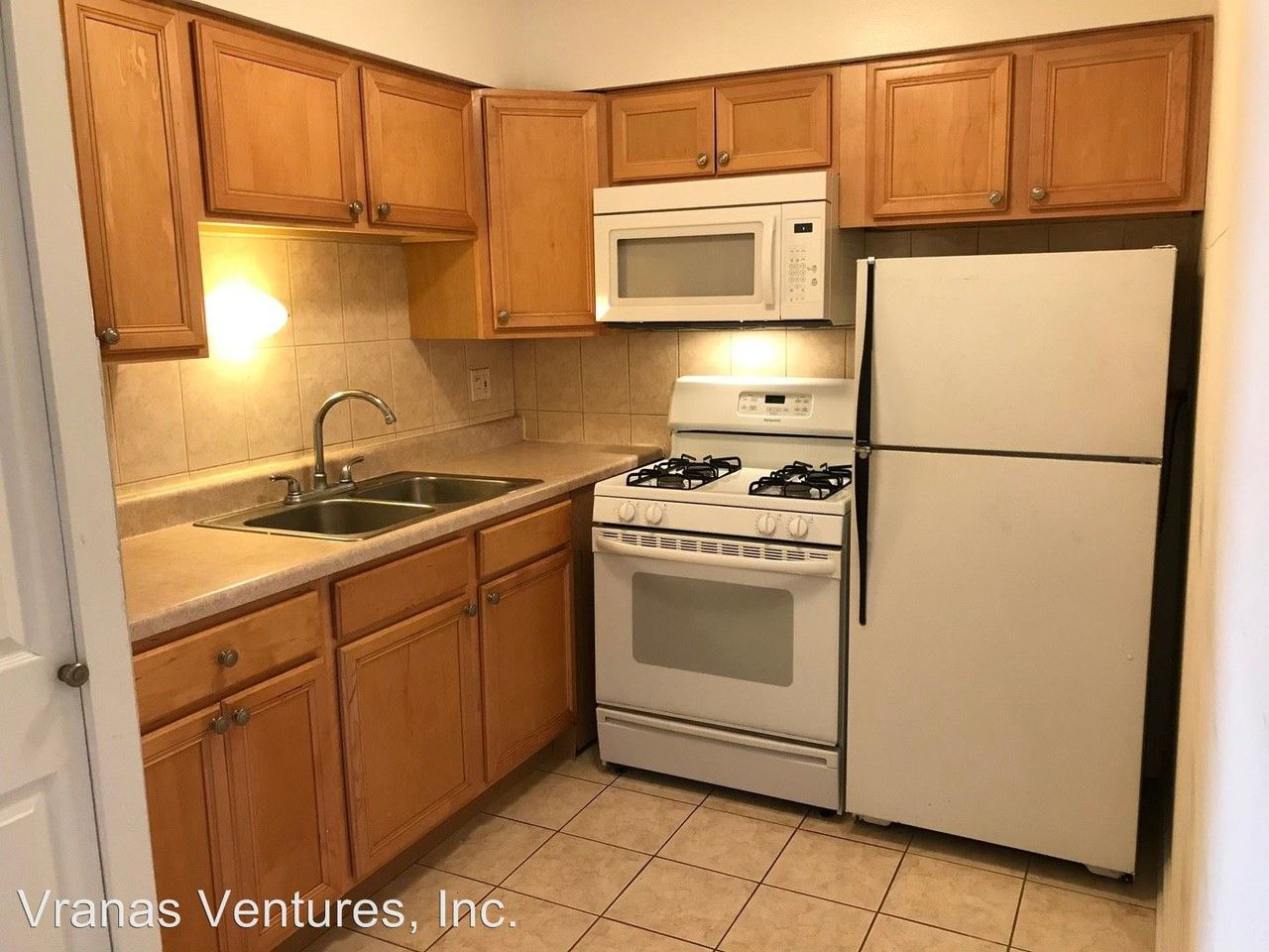 6758 N. Sheridan Rd. Apartments for Rent in Rogers Park ...